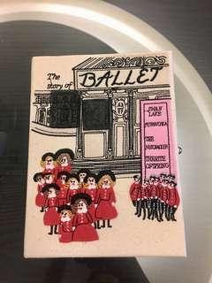 [全新] 韓國設計師 童趣書造型 手拿包