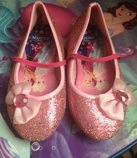Sepatu frozen pink