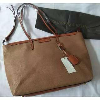 Tas Tote Bag Wanita CHARLES&KEITH textured original