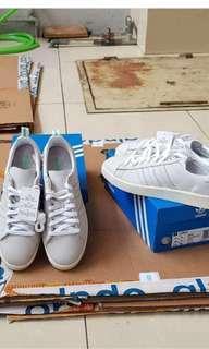 Adidas original Campus beadge white grey (BZ0065)