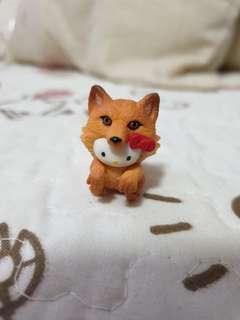 🚚 Hello Kitty Fox Figurine