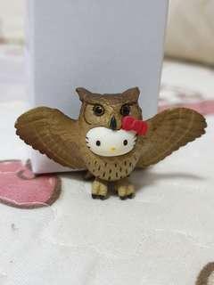 🚚 Hello Kitty Owl Figurine