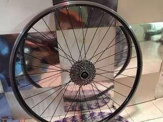 Giant Rear Wheel 700c
