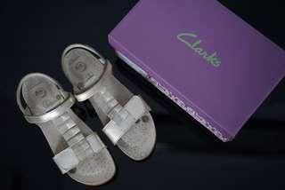 REPRICE!!! Sepatu Sandal Clarks series Rio Ruby in Gold