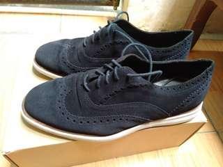 Sepatu Massimo Dutti