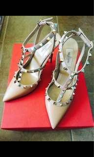 Authentic Valentino rockstud heels