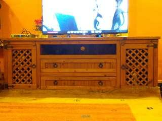 🚚 Wooden Tv Console