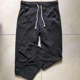 🚚 H&M grey sweatpants