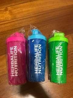 🚚 Herbalife Shaker bottle 700ml w/ shaker ball