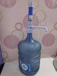 Galon Aqua + pompa air elektrik