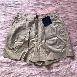 celana pendek uniqlo 100% original ~ hotpants/shorts/bawahan cokelat muda ~ thrift barang second import ex jepang