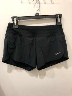 🚚 NIKE DRI-FIT 運動短褲 運動褲 慢跑褲 XS號 黑