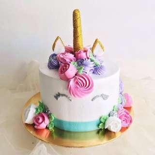 """Unicorn Cake 7"""""""
