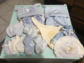 🚚 男寶新生兒帽子、鞋襪