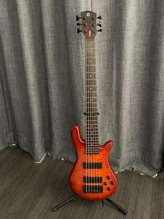 Spector Legend 6 bass