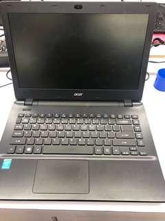 Acer Travelmate P246 i5 / 8GB / 500 GB HDD / webcam / windows