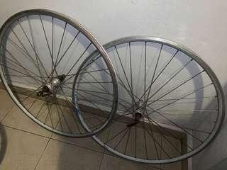 Road bike alloy rim