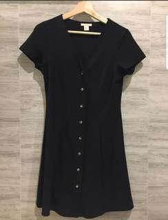 🚚 H&M Black Dress Small