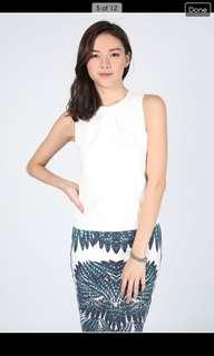 Adilette Ruched Sleeveless Top Size M