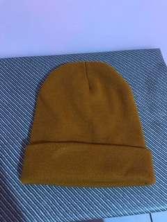 土黃色毛帽