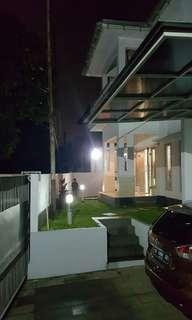 Dijual Murah Rumah Full Furnished  Dengan Bangunan Yang Luas di Radar Auri Depok