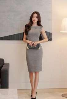 [ Premium Quality ] PO : Sizes Available From S To XL. Super Classy And Chic Korean Style Sleeveless Back Slit Checkers/Checkered Midi/Mid Length Bodycon/Body Hugging/Sheath Work/Office Dress
