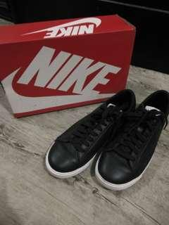 NIKE W BLAZER LOW LIE RUBBER SHOES