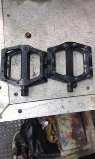 DMR vault Brendog pedals