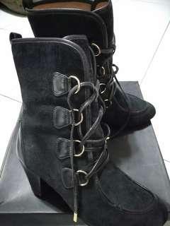 🚚 Miss Sophie黑色長靴