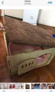 加長坐椅,儲物,竉物窩不包內裏厠盤98%New
