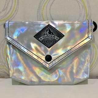 [包包]泰國GAGA側背小袋-鐳射