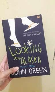 Novel Looking For Alaska (Mencari Alaska) by John Green