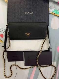 Prada portafogli saffiano wallet bag