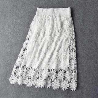 白色雙層布蕾絲雕花裙
