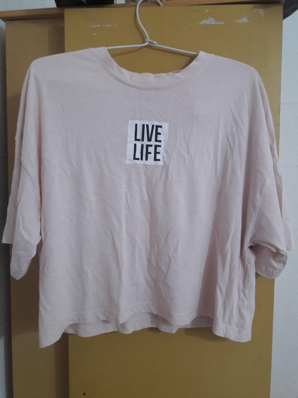 Bershka Tee / Shirts / Kaos