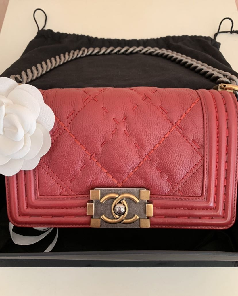 "a118f292419f Chanel boy 8"" ( Small ), Luxury, Bags & Wallets, Handbags on Carousell"