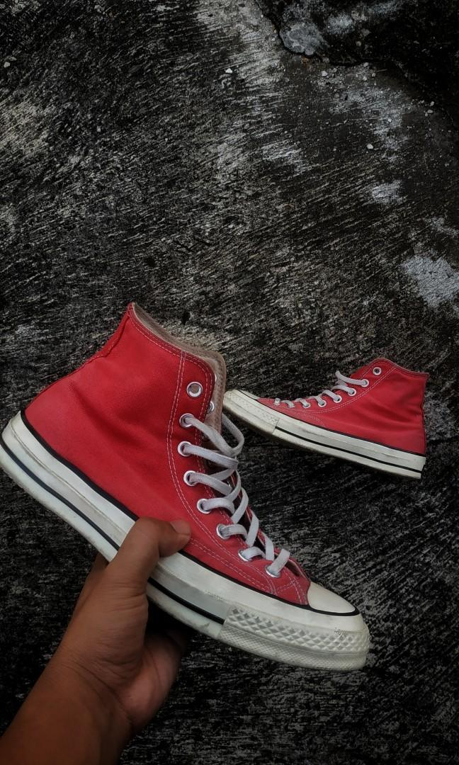 CT 70's Hi Red