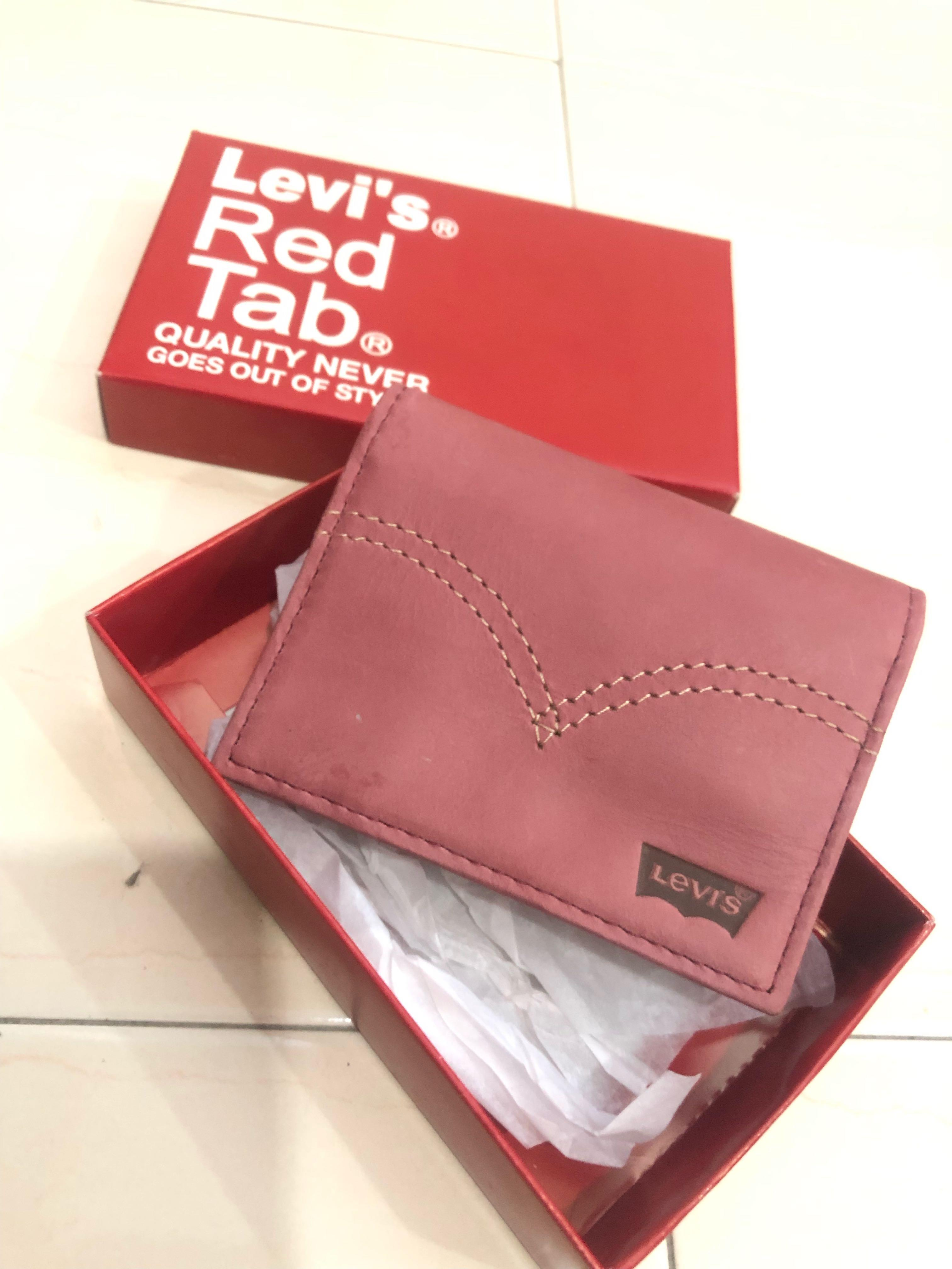 Levi's Short Leather Wallet