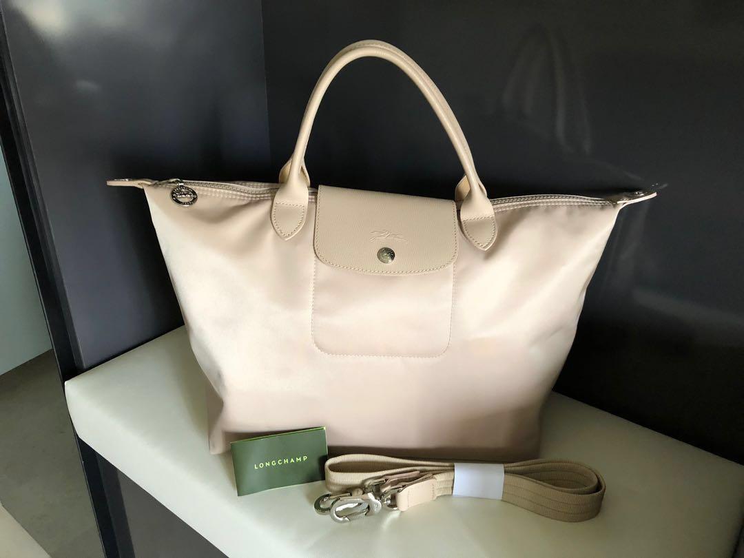 1b4c91986c8 Longchamp Le Pliage Neo Medium Tote Bag, Women's Fashion, Bags ...