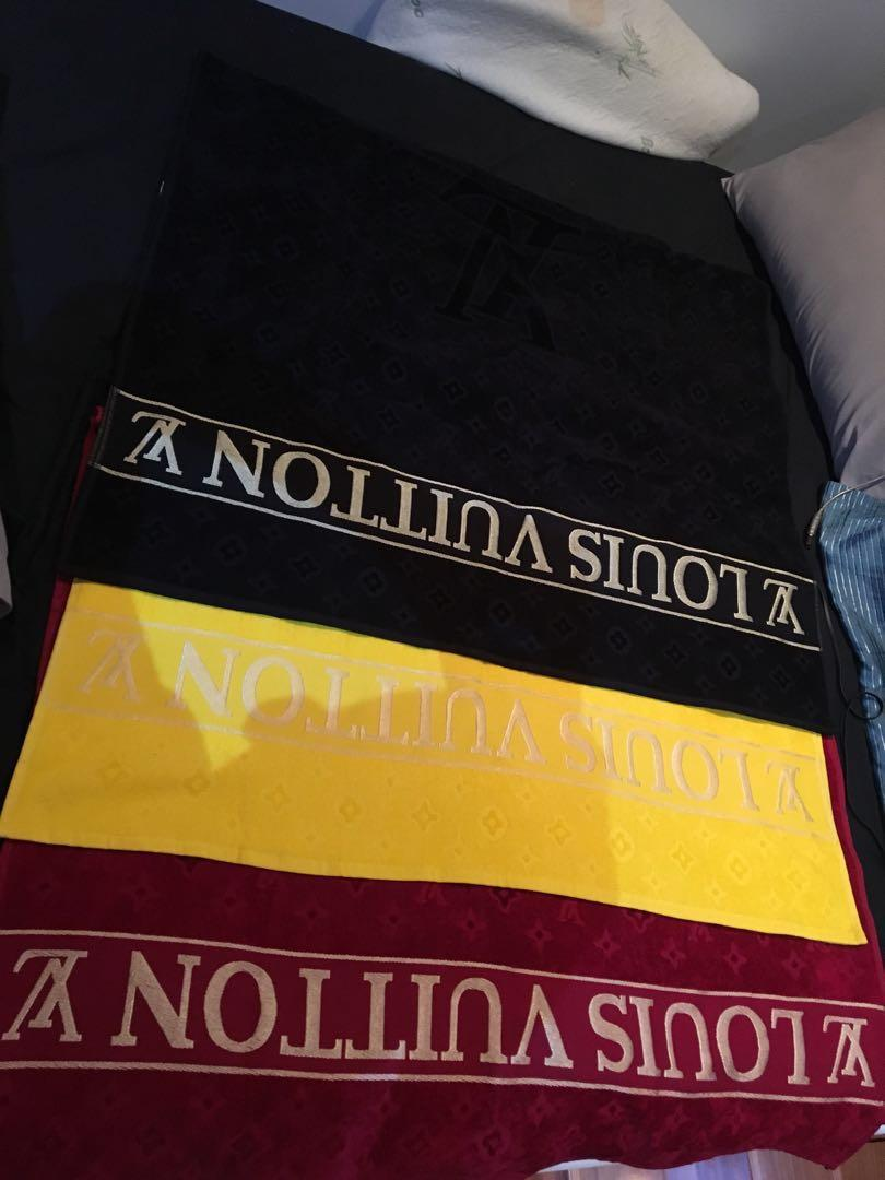 Louis vuiton towels