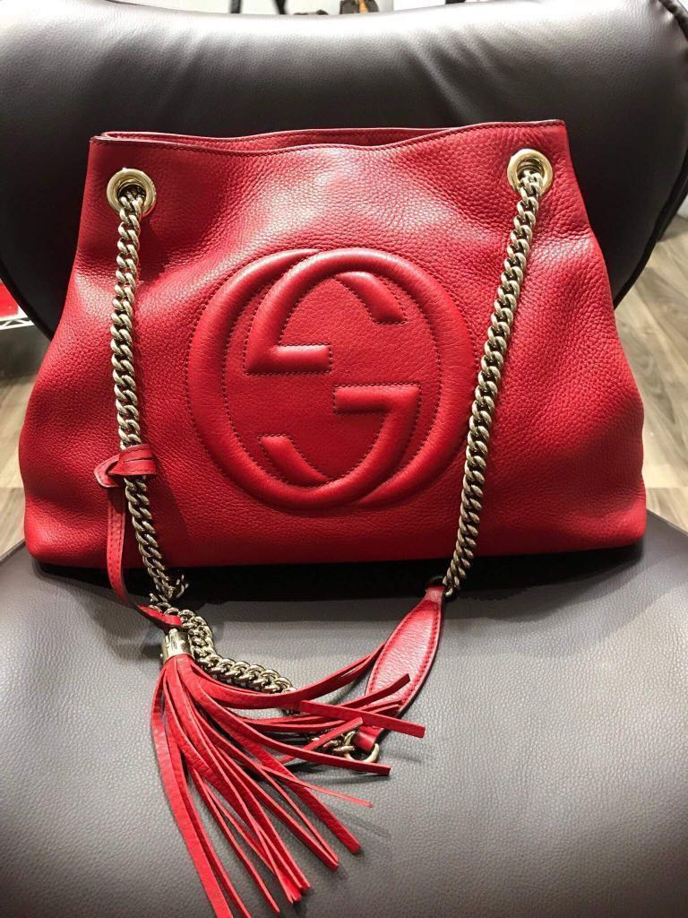 7df406e1ff31e4 REDUCED SALE  999  Gucci Soho Shoulder Bag