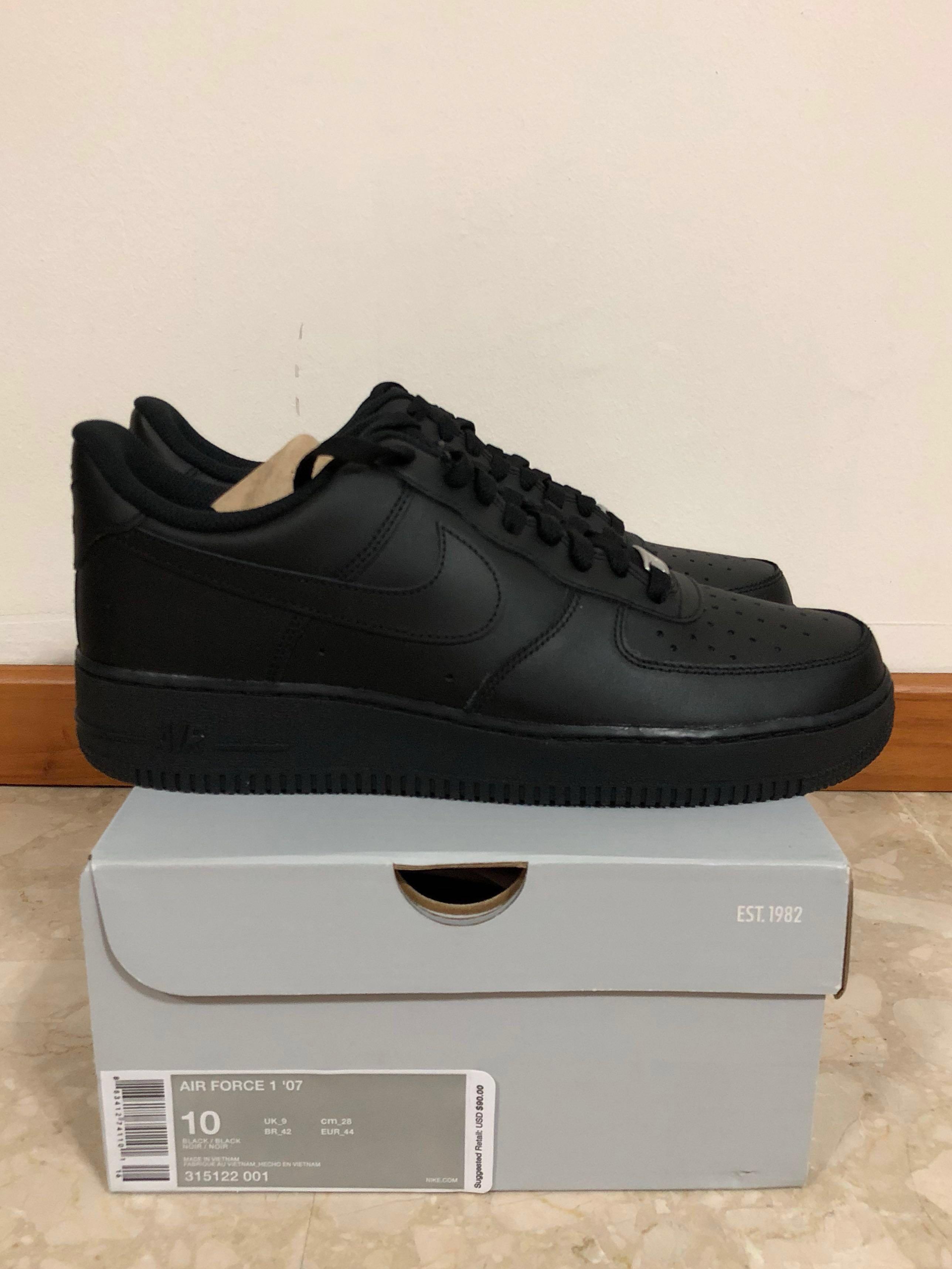 1dcc749e713e0 US10 Nike Air Force 1 triple black