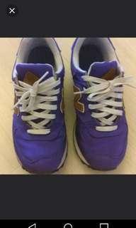 New Balance sports shoes 39