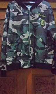 Jaket fashion Army
