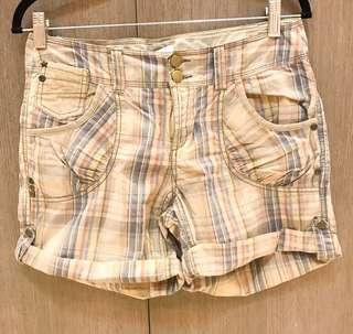 Checkered Shorts w/ pockets