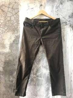 Uniqlo chino pants olive | cowok |