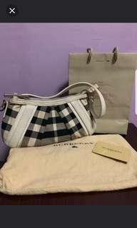 Final Clearence Burberry Bag