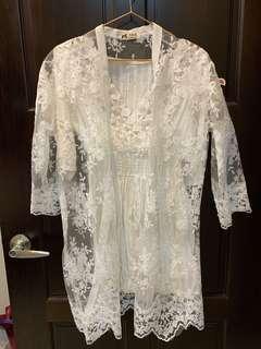🚚 白色蕾絲洋裝+罩衫