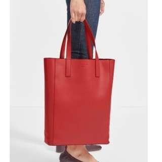 BRAND NEW* EVERLANE Day Magazine Tote in Red Leather