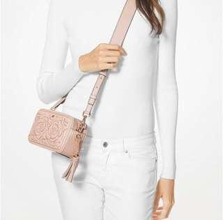 💯 Authentic with receipt Michael Kors small rose studded leather camera bag soft pink